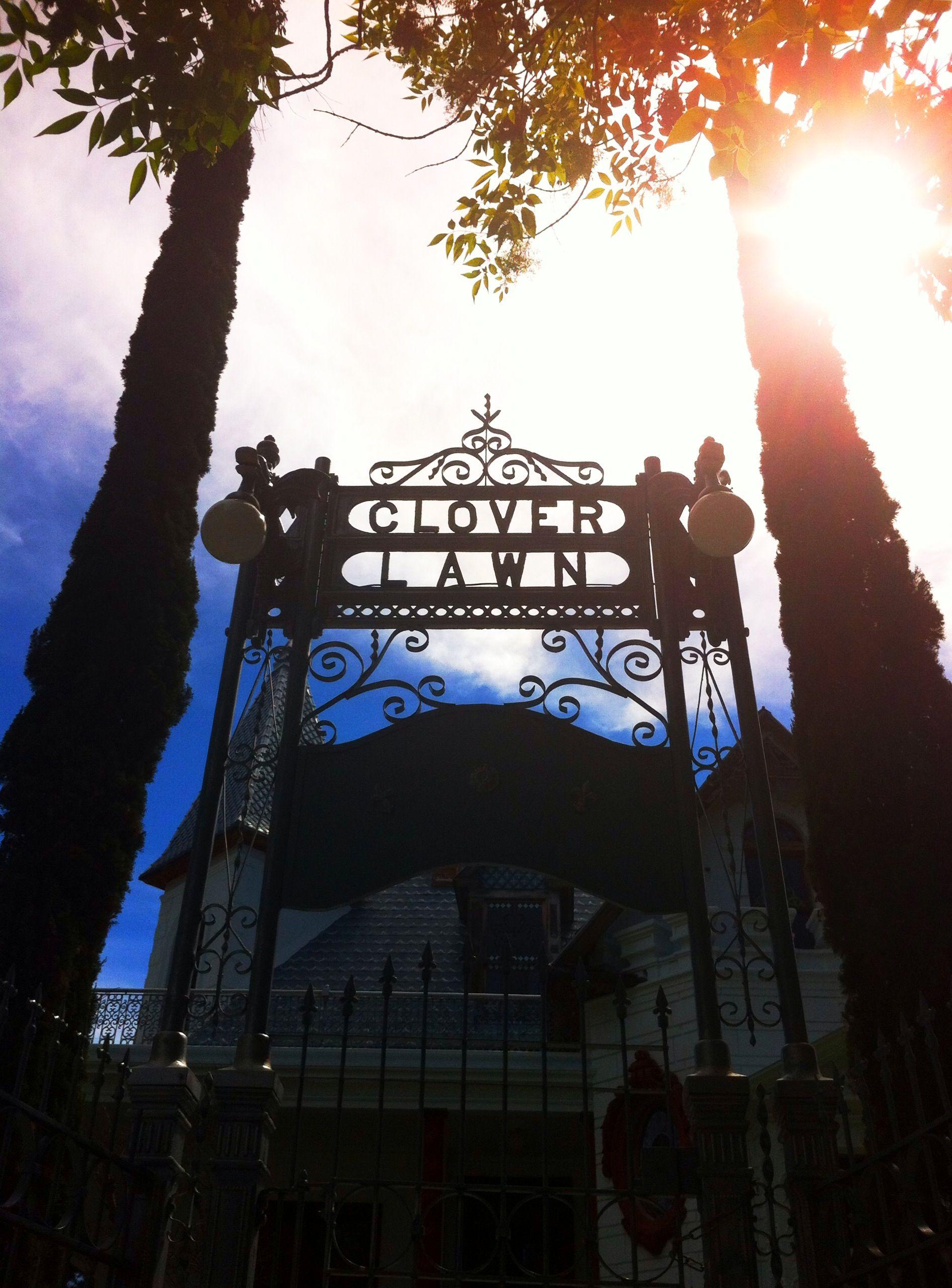 Gate in Guadalajara. Such a spooky house!