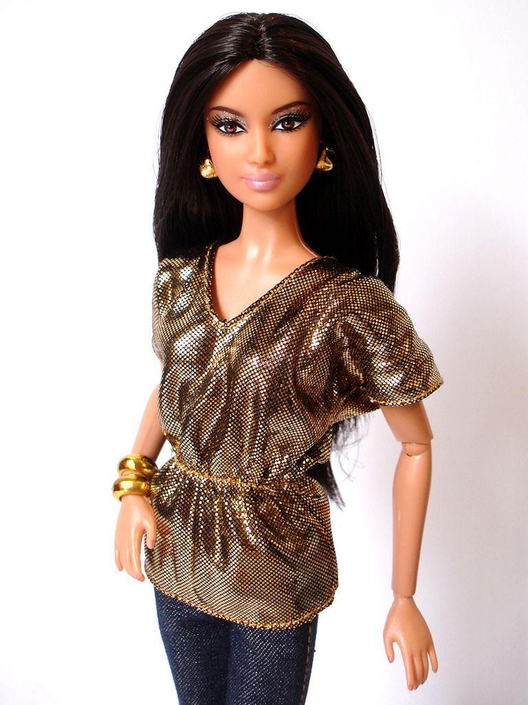 Model #04 - Barbie Basics #002.5 2011 | Barbie basics, Barbie