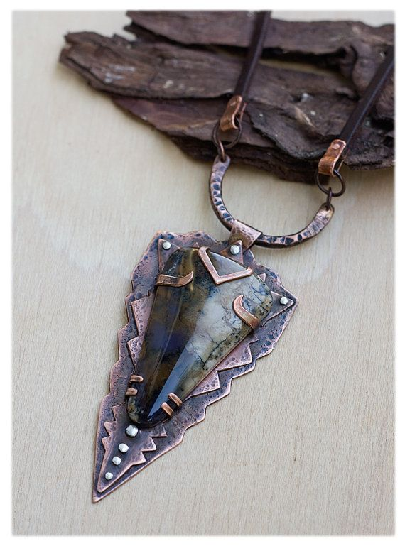 Rustic Necklace Hand Forged Copper Unique by AnniamAeDesigns - tour a metaux fait maison