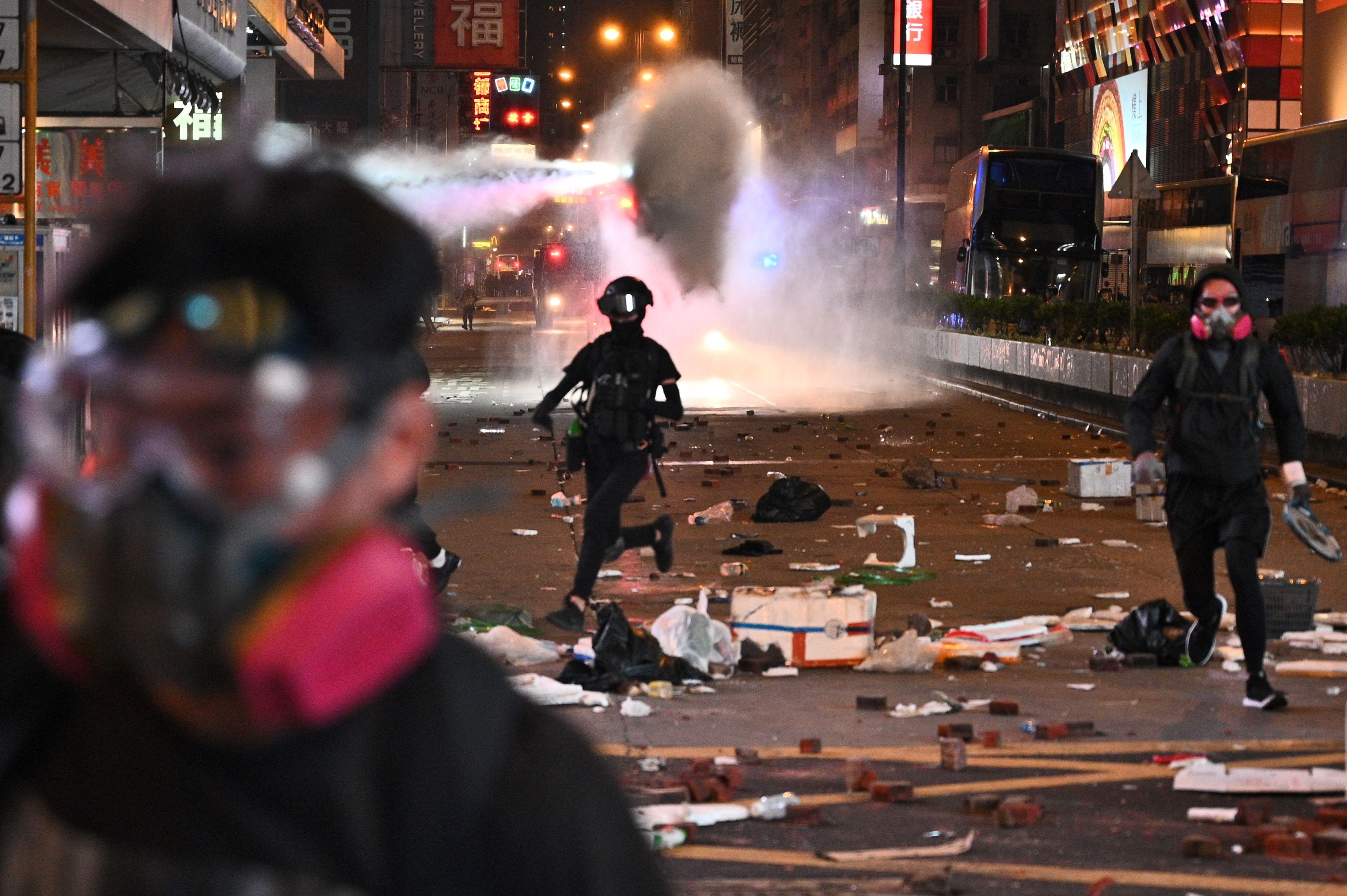Hong Kong Protests Rage After Police Shooting Hong Kong Man Set Small Movie