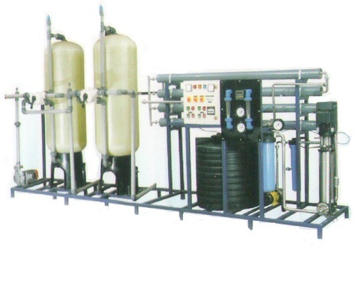Industrial Ro Plant 3000 Lph Manufacturer In 2020 Water Plants Ro Plant Water Treatment