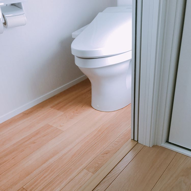𝚝𝚊𝚖𝚊𓏸𓇸𓅰さんはinstagramを利用しています 2階のトイレの