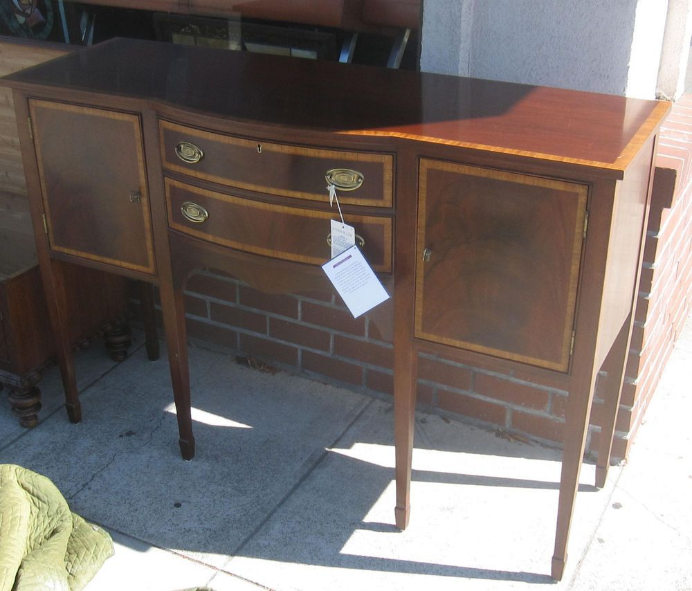 Ethan Allen 18th Century Mahogany Hepplewhite Sideboard Server in ...