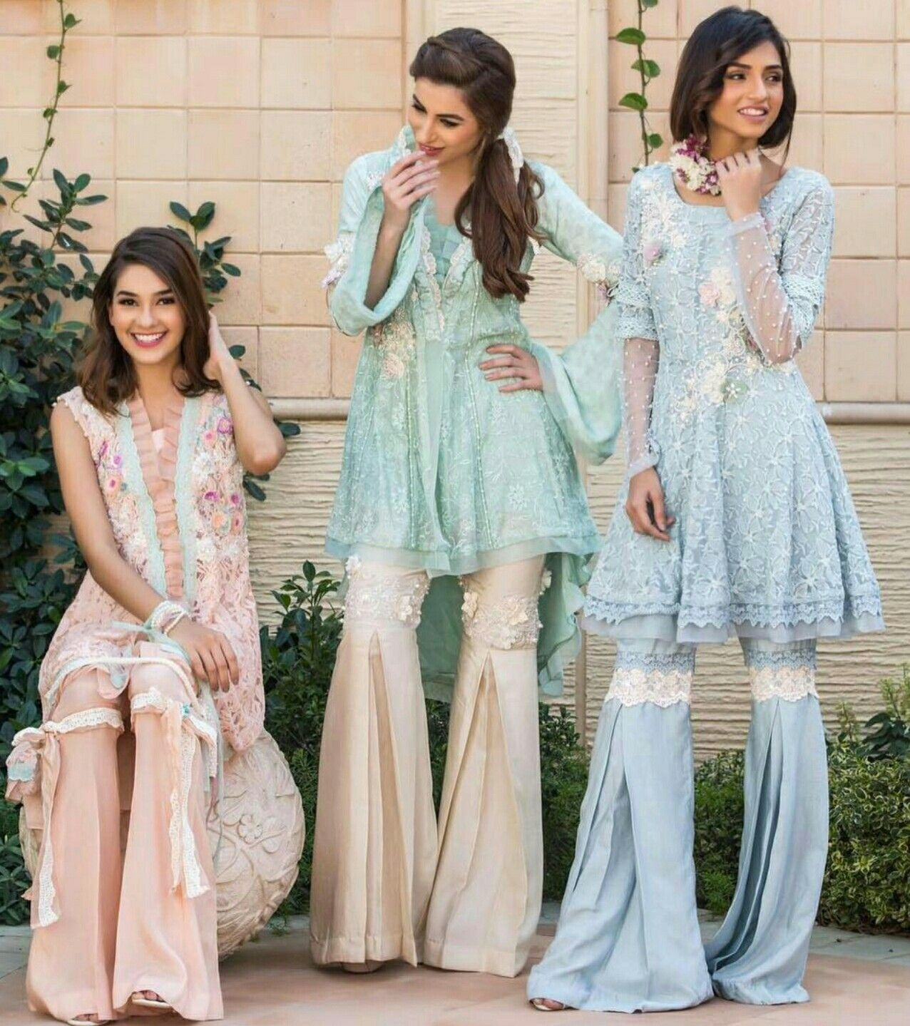Pin by Zainab Chauhan on Clothes!!!! | Pinterest | Pakistani, Summer ...