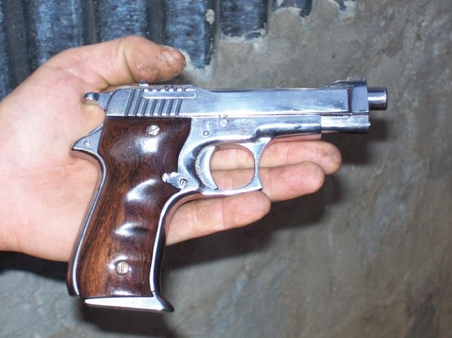 backyard guns from India, WOW! - Country made pistol!   Boom