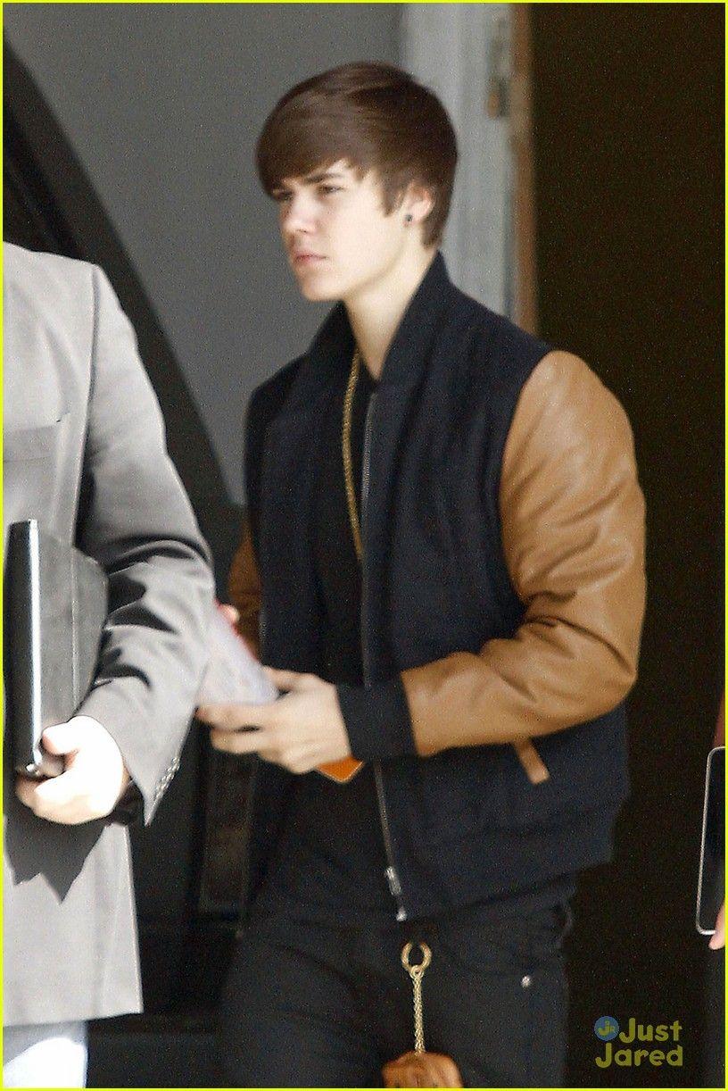 Kristen Stewart wearing Baseball Jacket | Celebrities wearing ...