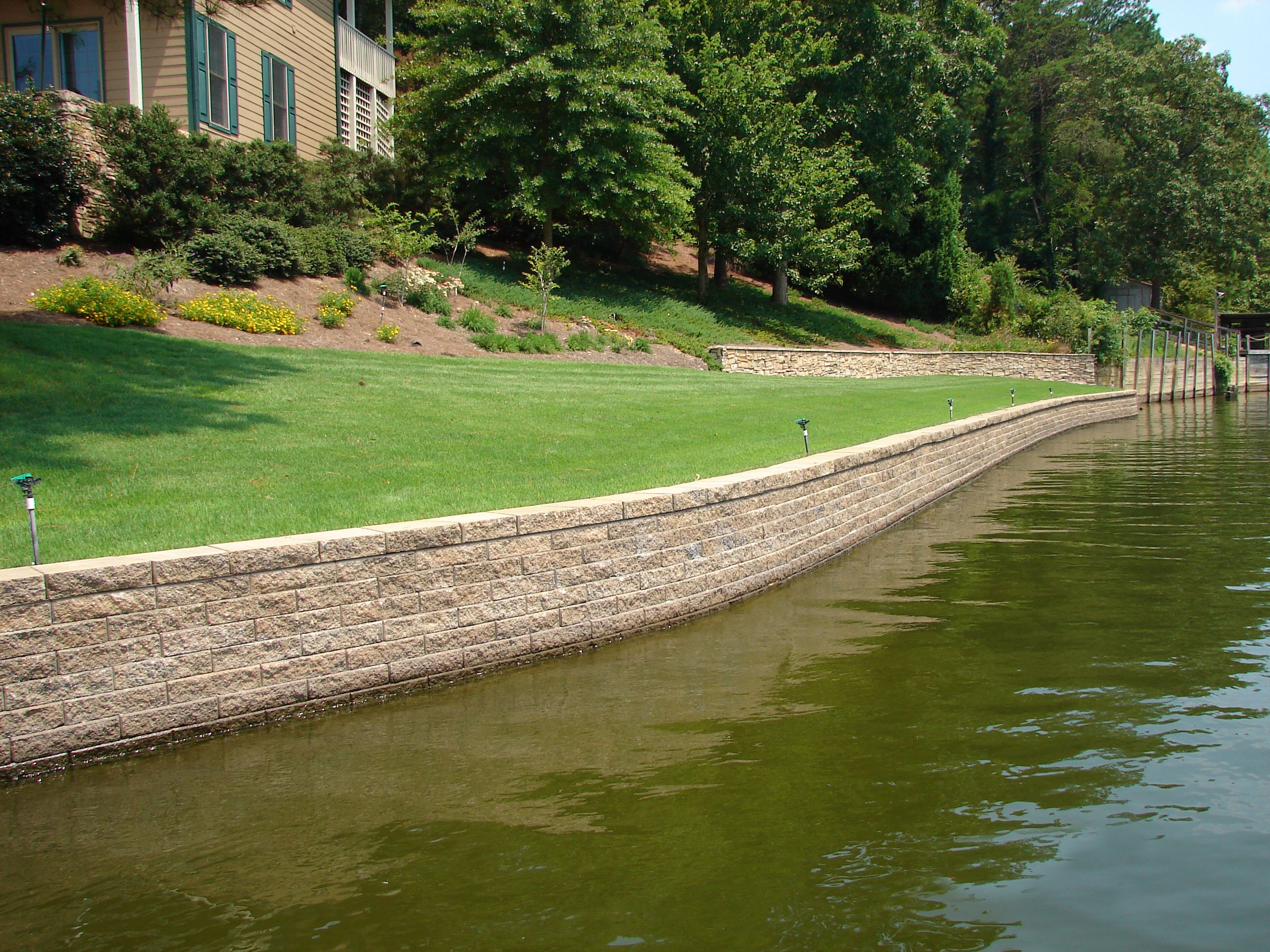 seawall lake geostone - retaining