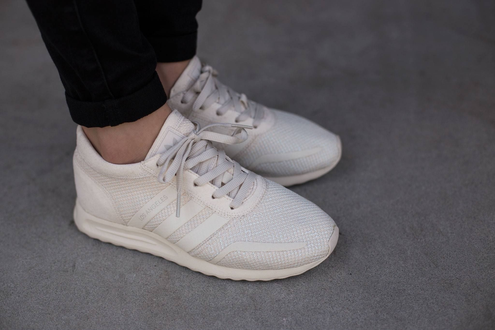 adidas originals womens los angeles trainers white