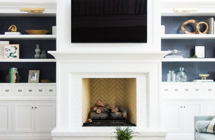 30 Stunning White Brick Fireplace Ideas (Part 1) - #brick #Fireplace #Ideas #Part #shiplap #Stunning #white #whitebrickfireplace 30 Stunning White Brick Fireplace Ideas (Part 1) - #brick #Fireplace #Ideas #Part #shiplap #Stunning #white #whitebrickfireplace