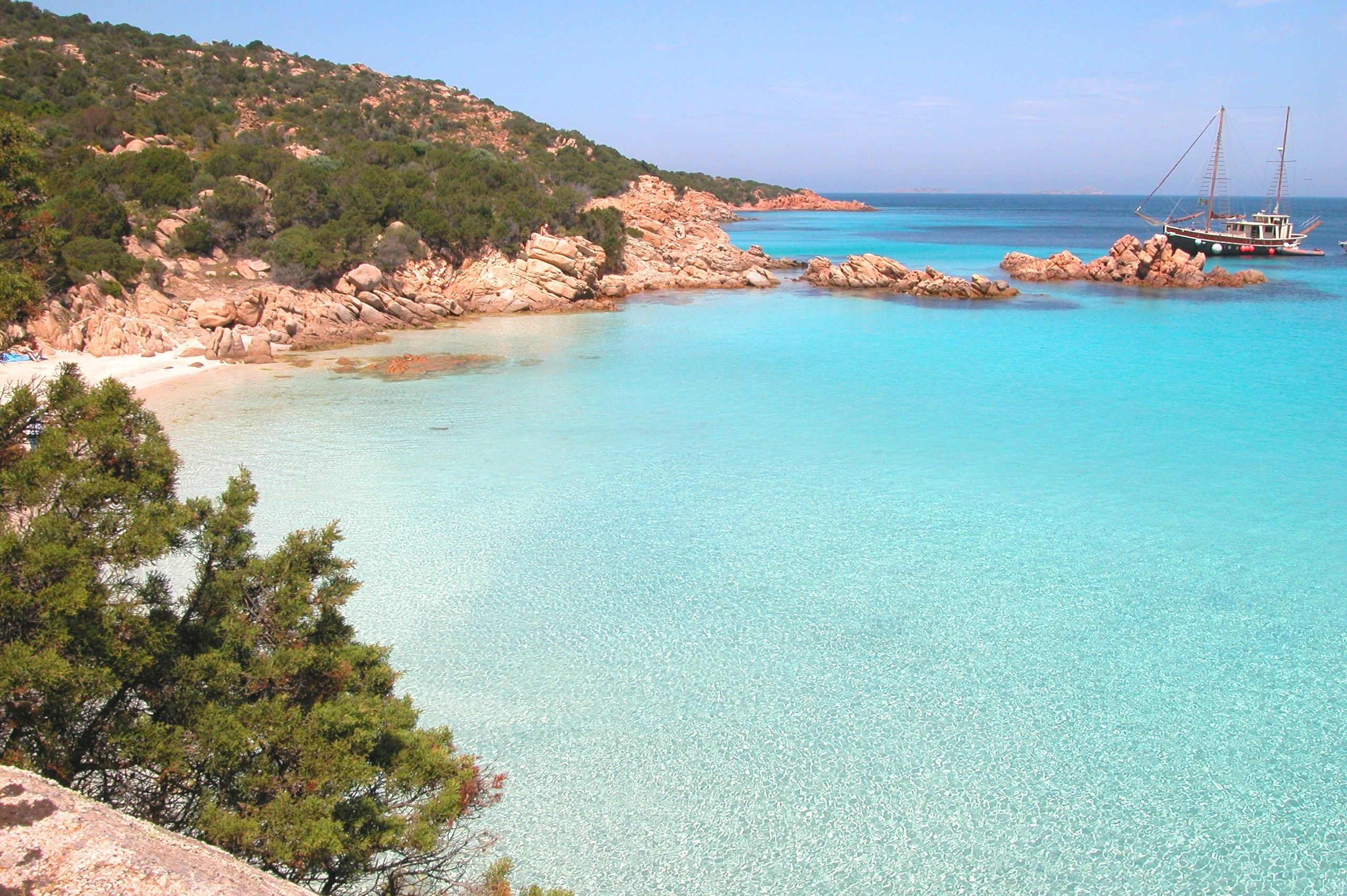 #Arcipelago #LaMaddalena #Sardegna #delphinahotels