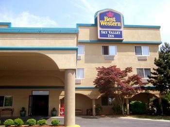 Best Western Sky Valley Inn In Monroe Wa Hotels