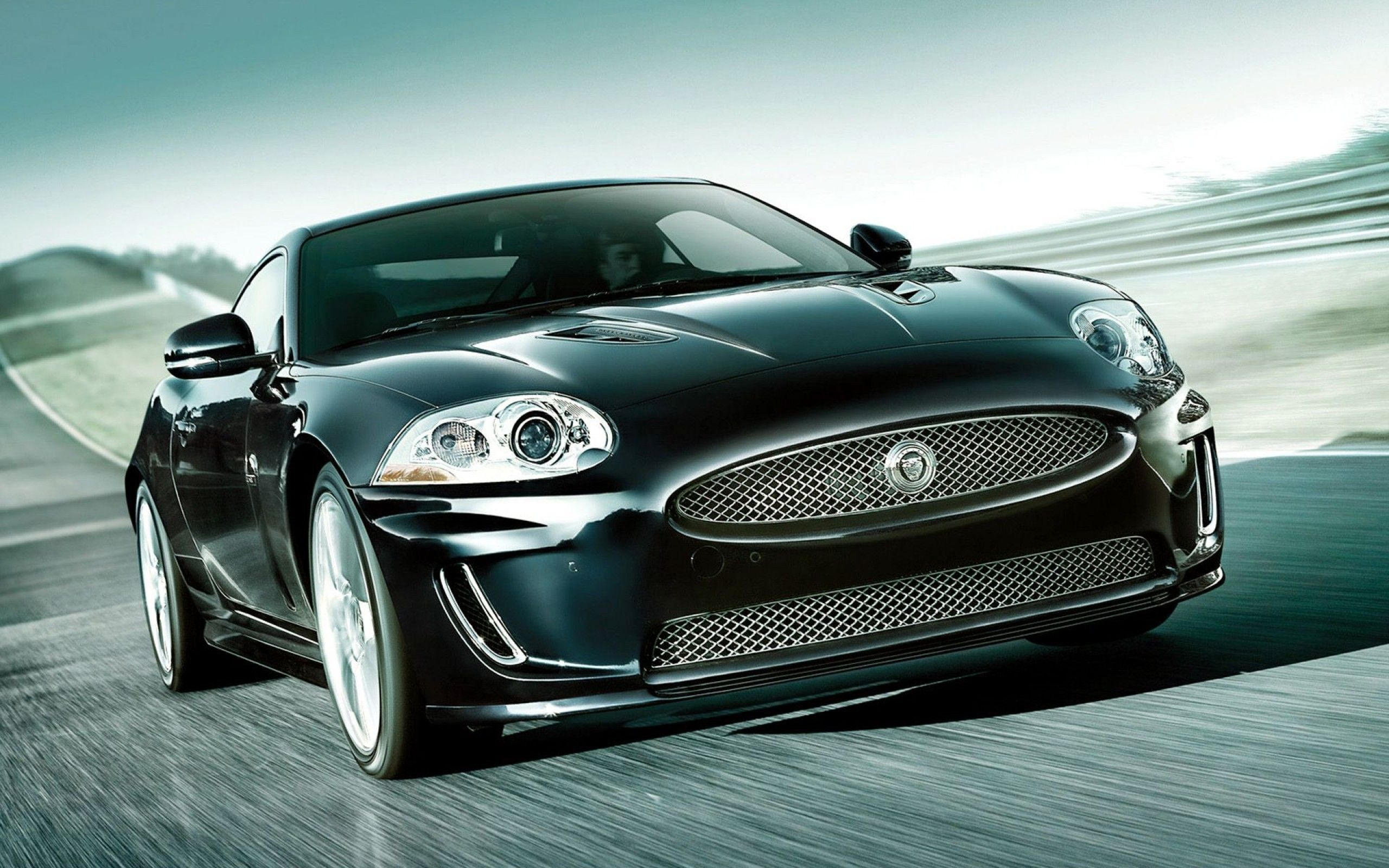 gets end as and a well upgrades hondayes price cuts slightly xk front jaguar better dynamic uk