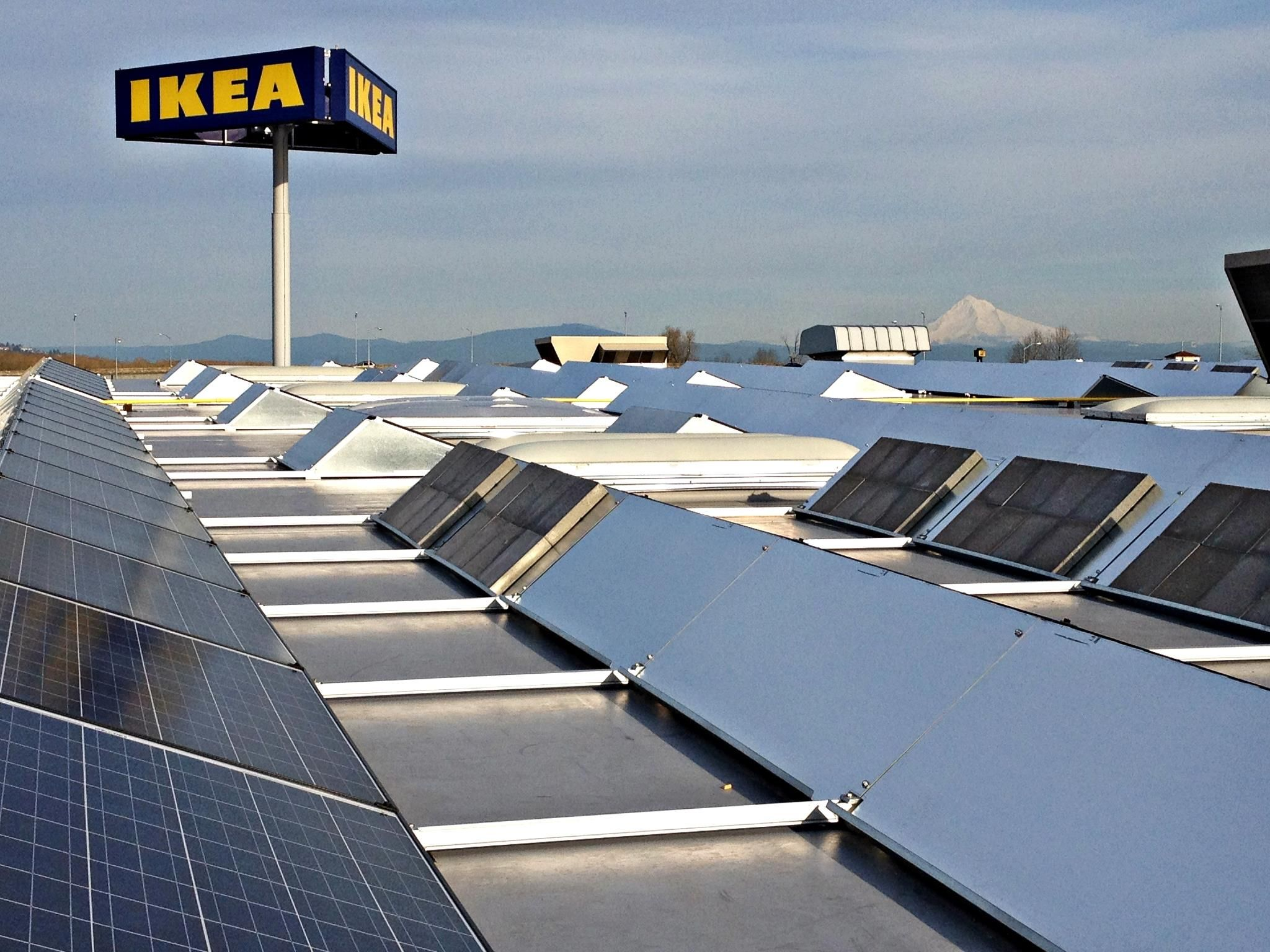 Ikea Turns On Maryland S Largest Rooftop Solar Power System Solar Solar Companies Diy Solar Panel