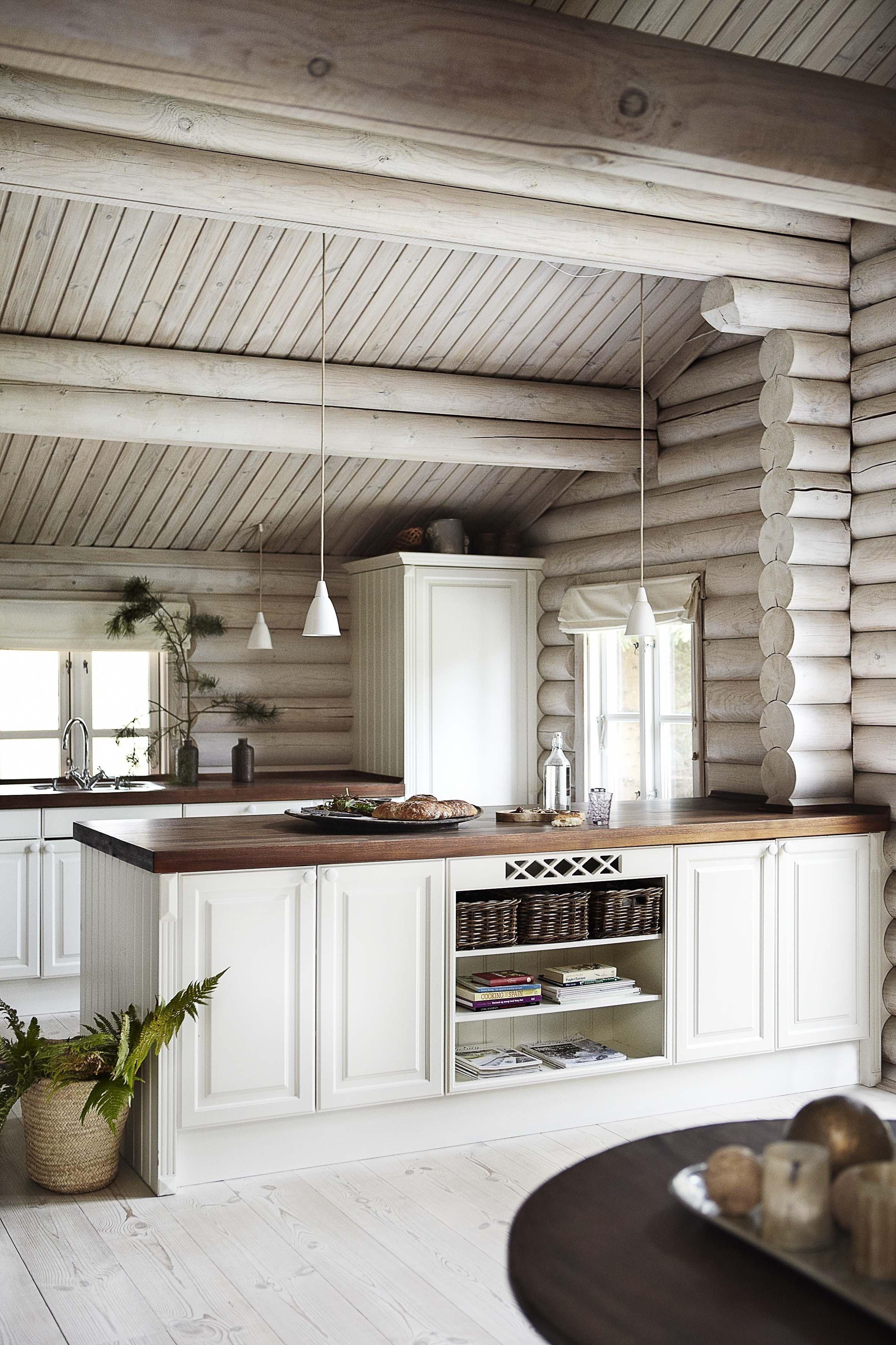 7 Utradisjonelle Losninger Til Hytta Bo Bedre No I 2020 Tommerhus Moderne Interiordesign Hyttekjokken