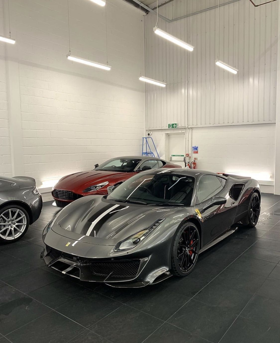 Pin By Luis On Ferrari Sports Cars Luxury New Luxury Cars Super Cars