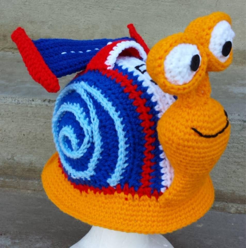 crochet turbo speedy snail beanie hat picture idea [ 953 x 960 Pixel ]