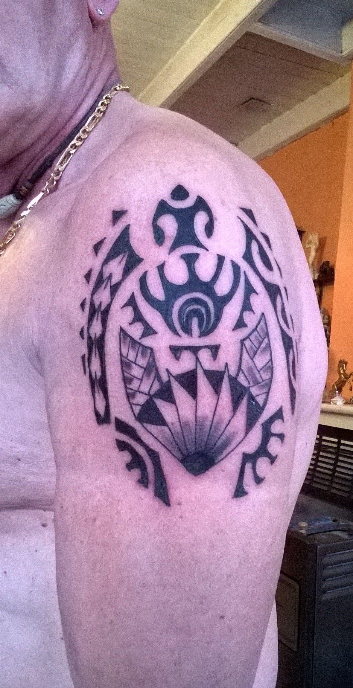 Tatouage Polynesien Tortue Epaule Homme Tatouages Polynesien