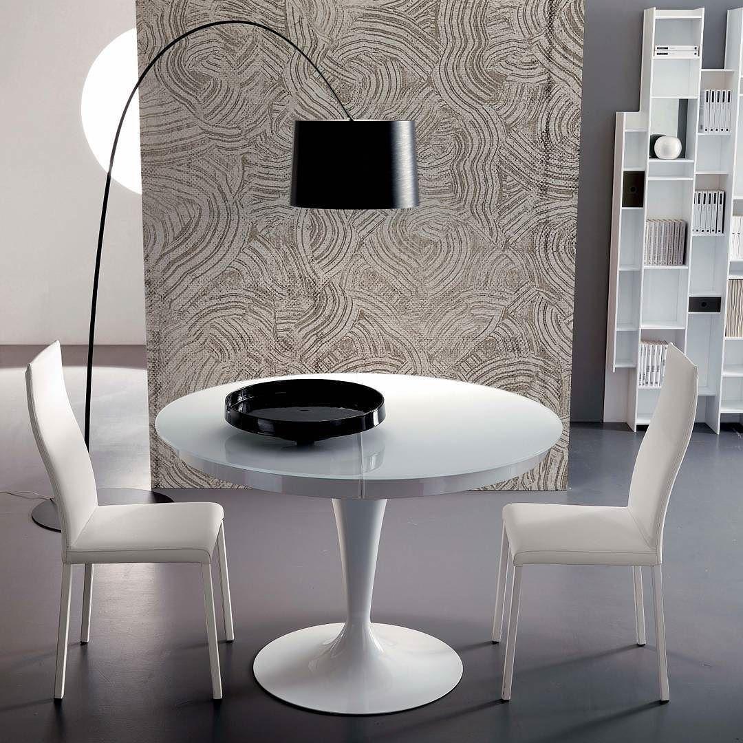 Designer tisch glas designer tisch glas und verchromtes for Designer tisch glas