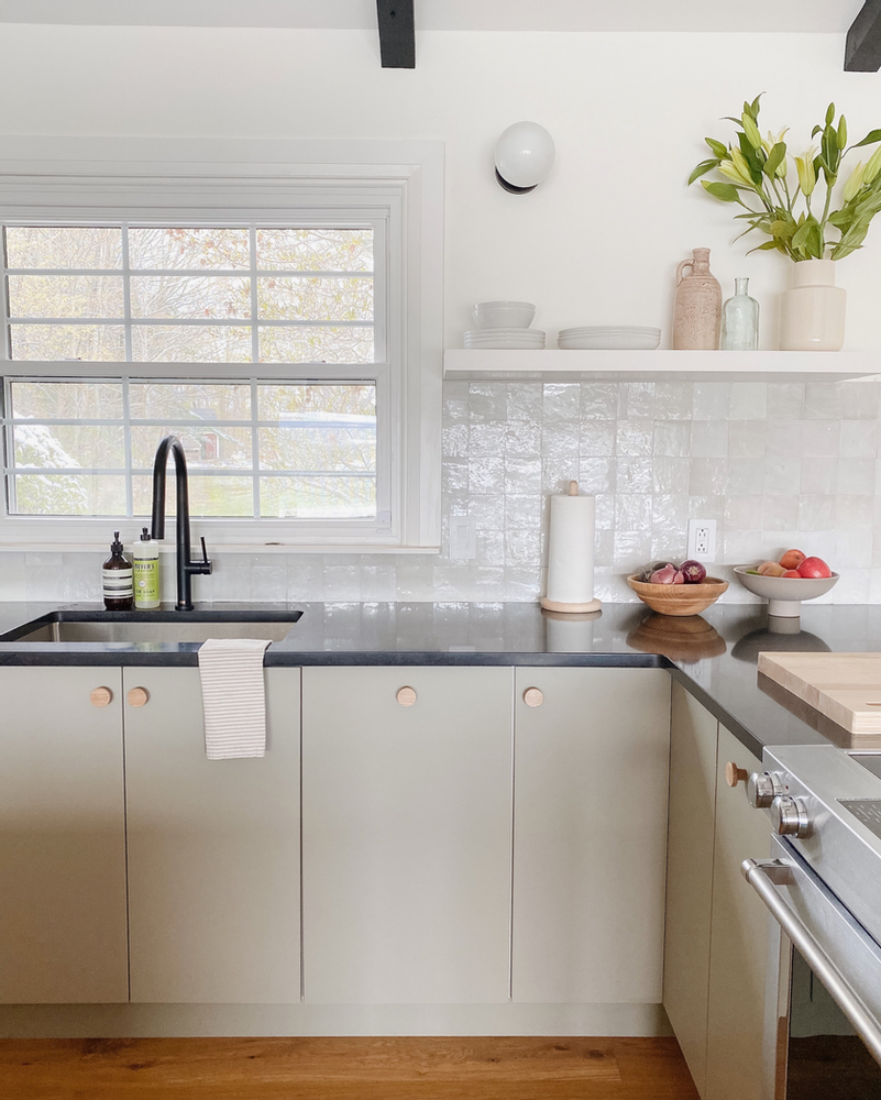 This Insanely Helpful Post By Emily Henderson Kitchen Design Small Kitchen Ikea Kitchen Reviews