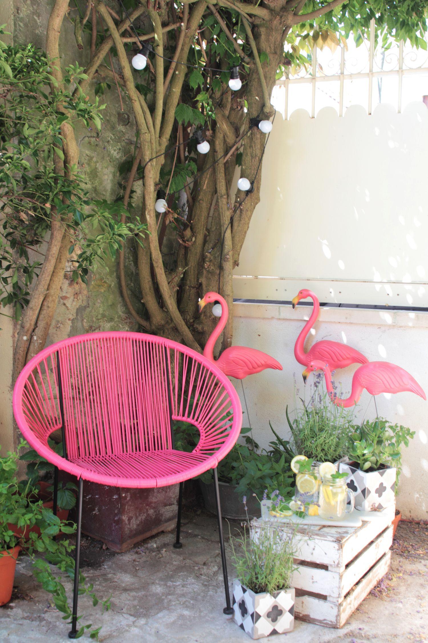 The Perfect Equation Plants Ceramic Tiles Garland Lights Flamingos Pink Chair Pinkchair Decoracion De Patio Decoracion De Unas Rincon De Jardin
