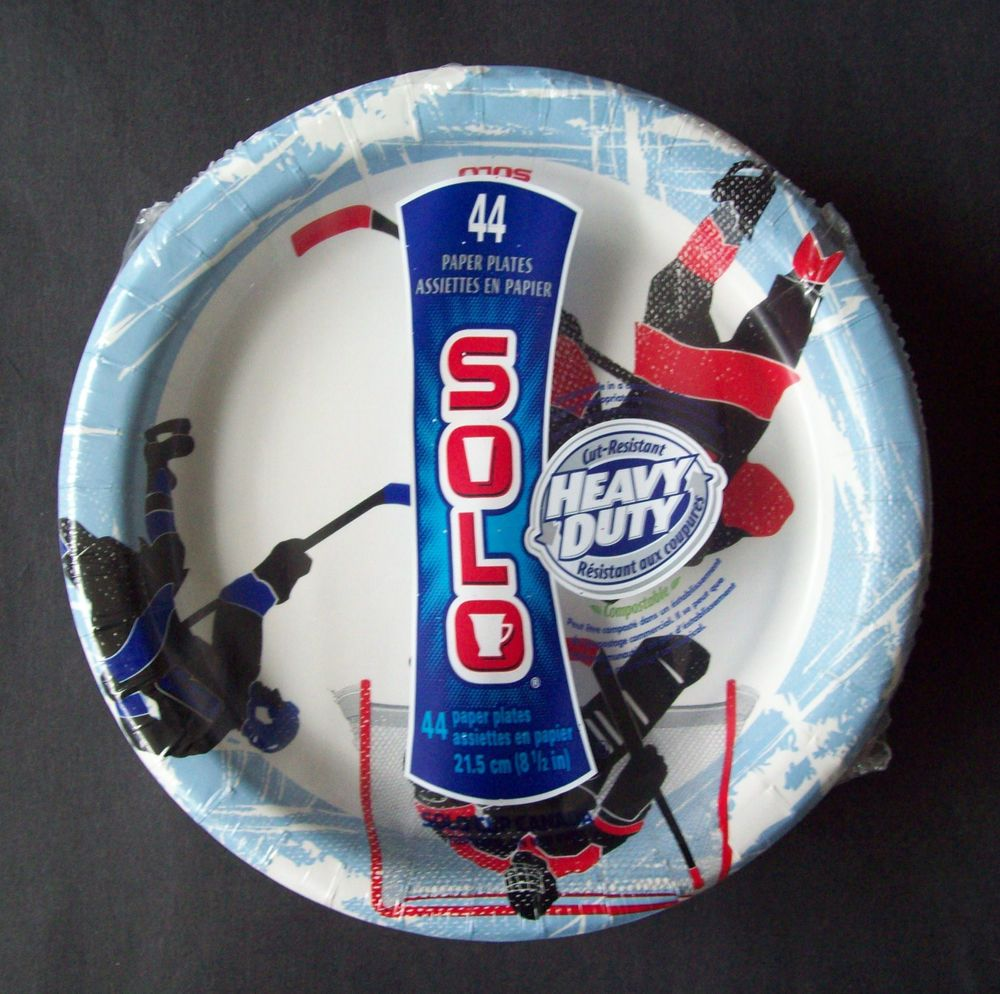 SOLO Ice Hockey 44 Paper Plates in Total 8.5 Inches or 21.5cm New FREE SHIPPING & SOLO Ice Hockey 44 Paper Plates in Total 8.5 Inches or 21.5cm New ...