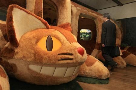 おとなも乗れる ねこバス登場 三鷹の森ジブリ美術館で風景展 Sankeibiz サンケイビズ 三鷹の森ジブリ美術館 ジブリ美術館 ジブリ