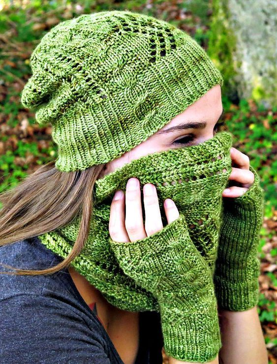 Free Knitting Pattern For Stairway To Heaven Hat Cowl And Mitts