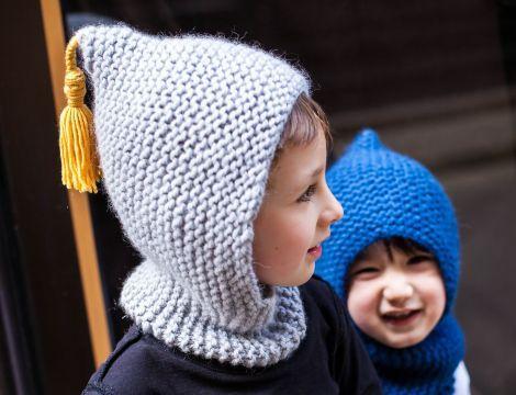df7b8ea08c4 Patron tricot cagoule Cape et Crochet bébé enfant gris clair et jaune  moutarde en pure laine made in France
