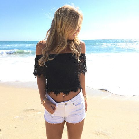 Out Of Reach Lace Top In Black