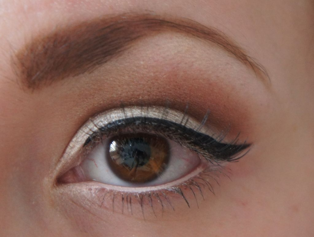 how to apply white eyeliner to make eyes bigger - Google Search