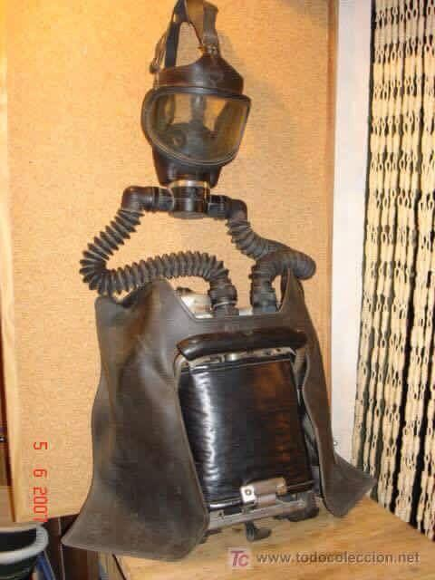 Oxygen Breathing Apparatus (OBA) from what appears to be the 1870s.