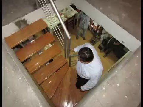 Escalera tipo l con pasos de madera escaleras for Escalera de madera 5 pasos