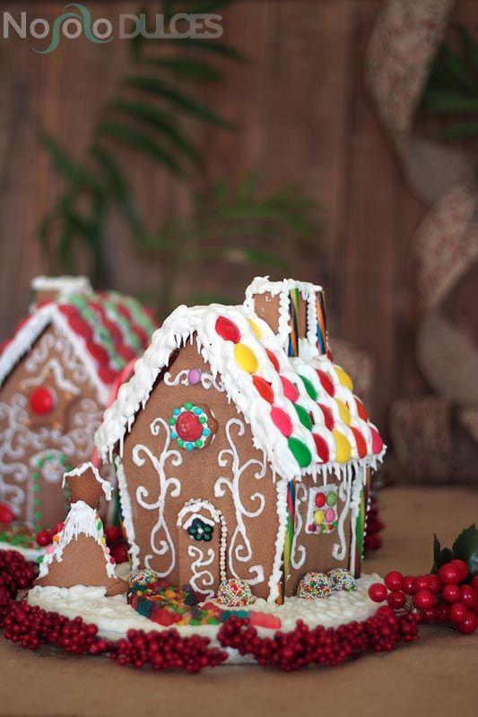 Casitas De Jengibre Para Navidad Gingerbread Houses No Solo Dulces Gingerbread House Gingerbread Sweet Recipes