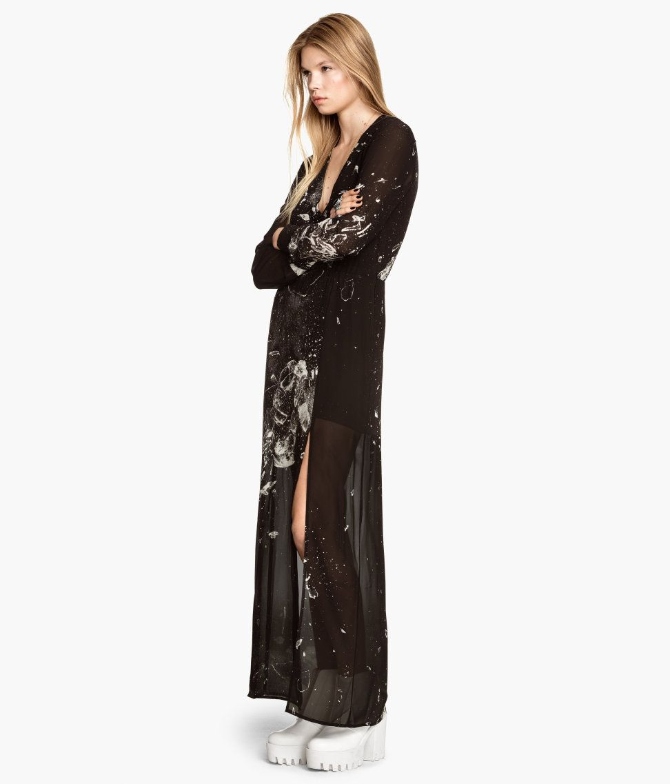 eb0886d4e311ea Airy black long-sleeve maxi dress with white pattern