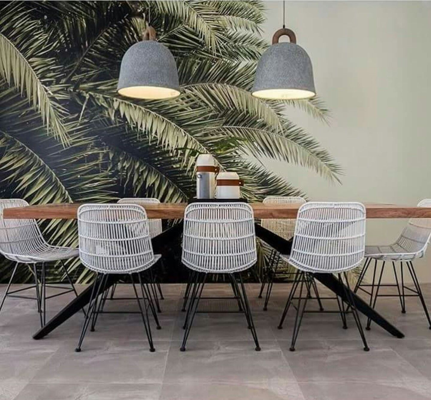 18 Tropical Dining Room Designs Ideas: Meeting Room Design Image By Olivia Ogden On Kitchen