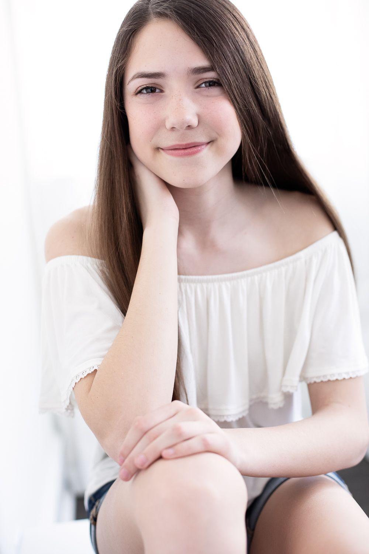 Teen models brunette teen girls can suggest
