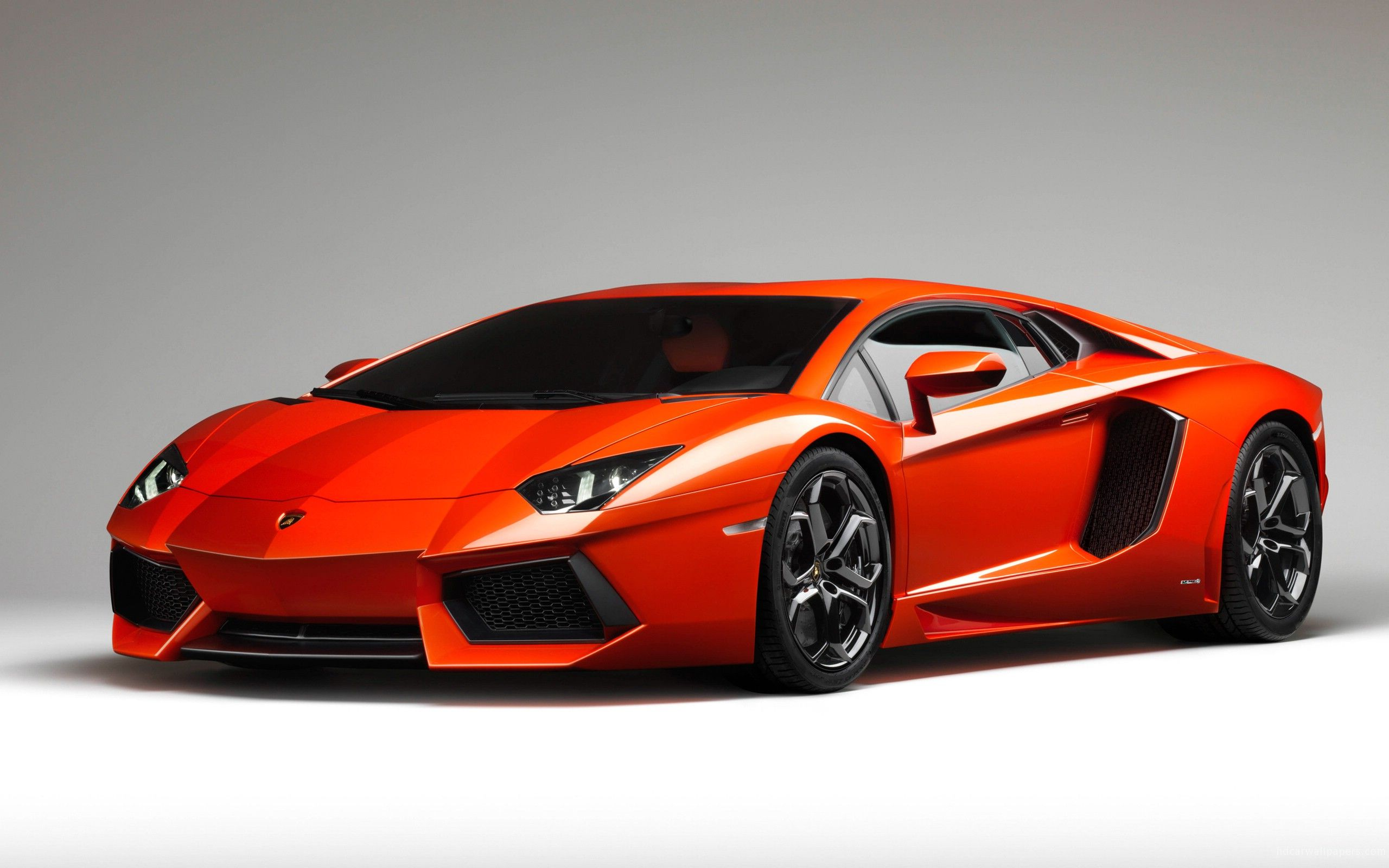 used price thumbnail featured performante huracan lamborghini