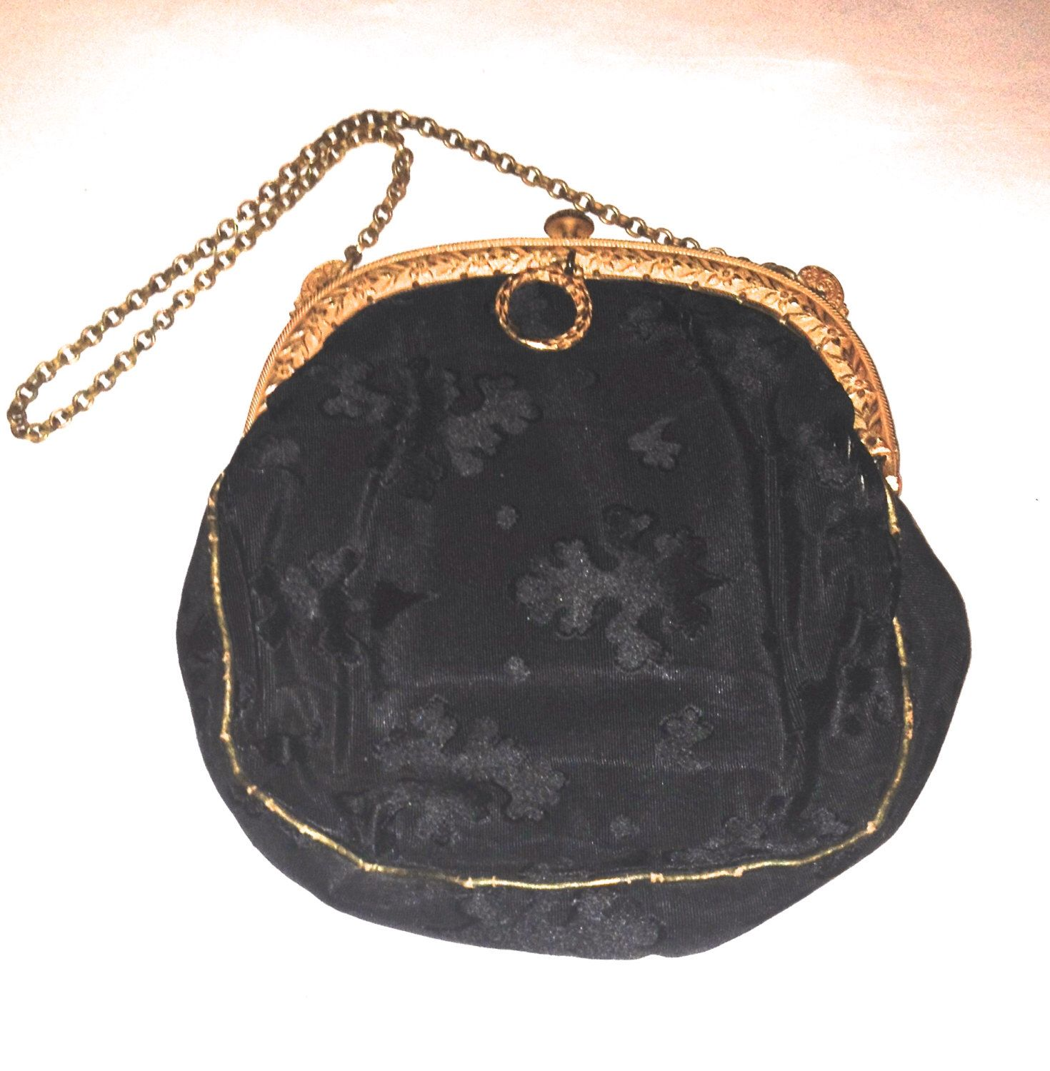 Antique Purse, Gold Brass Frame, Link Chain Purse, Damask Silk Purse, Brass Famed Silk Purse, Purses and Handbags, Ladies Accessories,