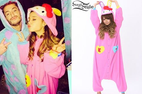 52d792404d Ariana Grande s Clothes   Outfits