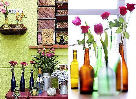 Garrafinhas e Flores dá uma combinação perfeitinha!