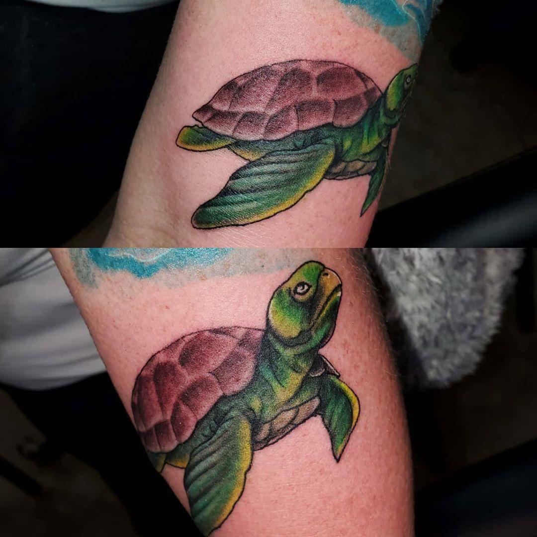 Tag someone ☛ #tattooflash #tattoo #tattoos #inked #tattooedgirls #tattooed #tattooedbabes #inkaddict #inkedgirls # #inkspiration #tattoowork #tattooworld #tattooart #tattooartist #tatts #tattooinspiration #inkaholik #tattoonation #sleevetattoo #tattoosleeve #legtattoo #thightattoo #tattedgirls #instatattoo #watercolor