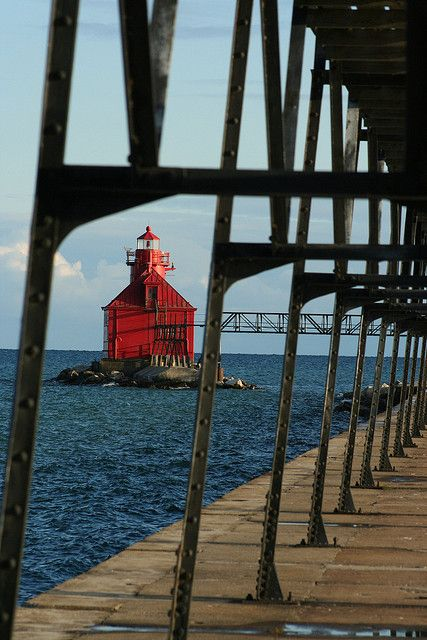 Sturgeon Bay Ship Canal Lighthouse and Pier by christopher.binning, via Flickr