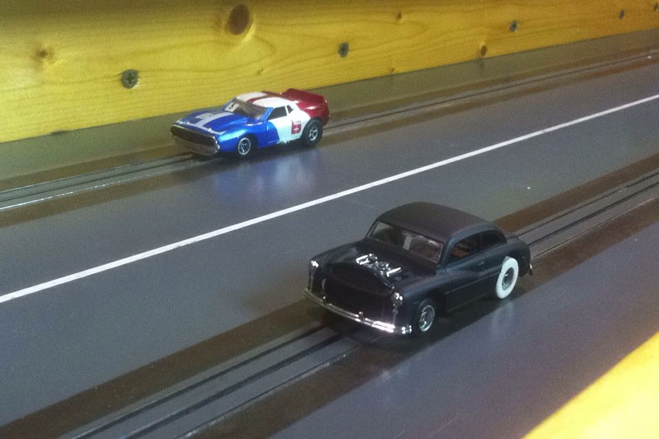 Drag Racers Alley Mini Motorplex HO slot car drag racing, check us ...