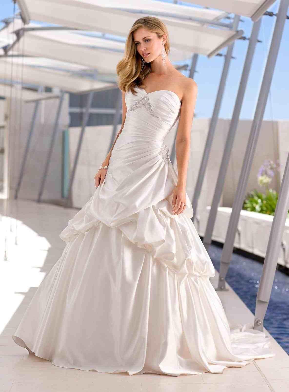 e21afa414ea TOP +10 New post wedding dresses to buy visit wedbridal.site