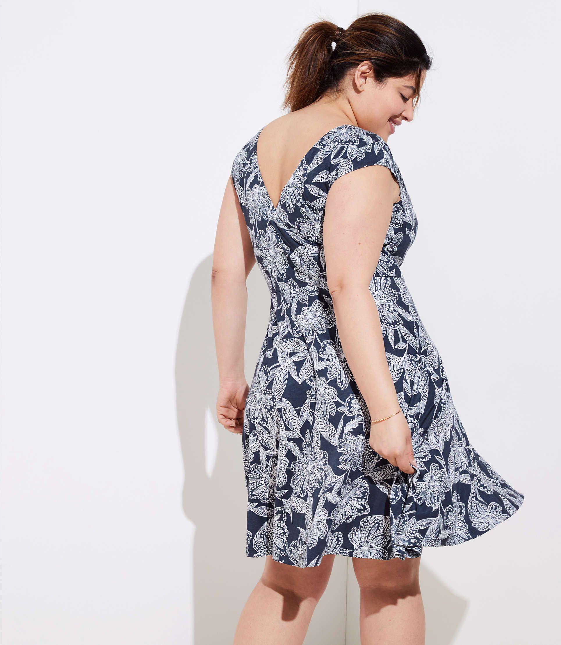 19f426d1c7 LOFT Plus Abstract Floral Wrap Back Flare Dress