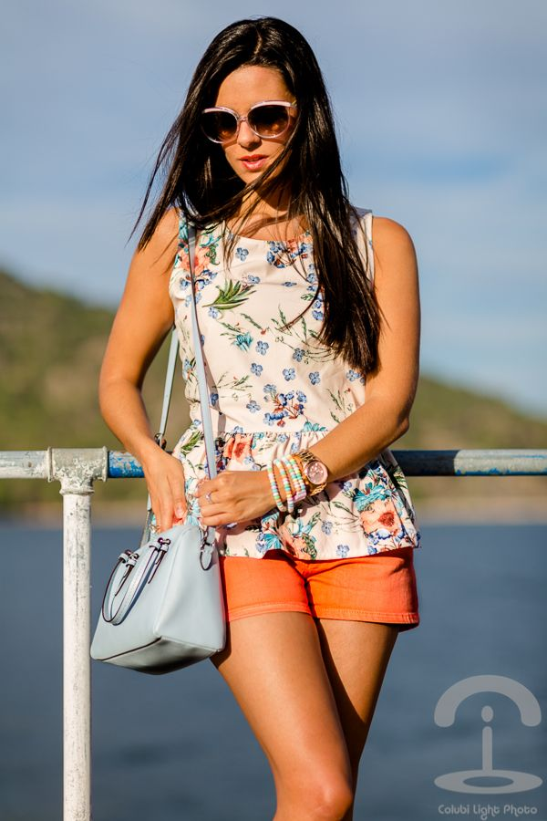 Floral peplum top Vero Moda Crimenes de la Moda