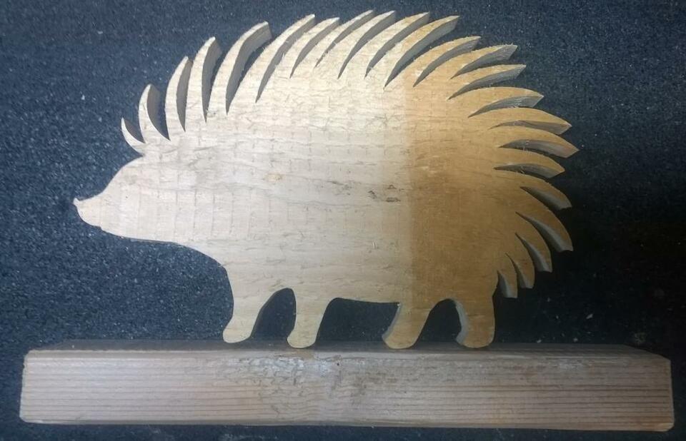 Igel Holz Fichte Handarbeit Deko B T H 35 5cm 6cm 25cm Zweiteilig Verleimt Versand Igel Holz Fichte Handarbeit Deko In Hessen Holztiere Tiere Holz