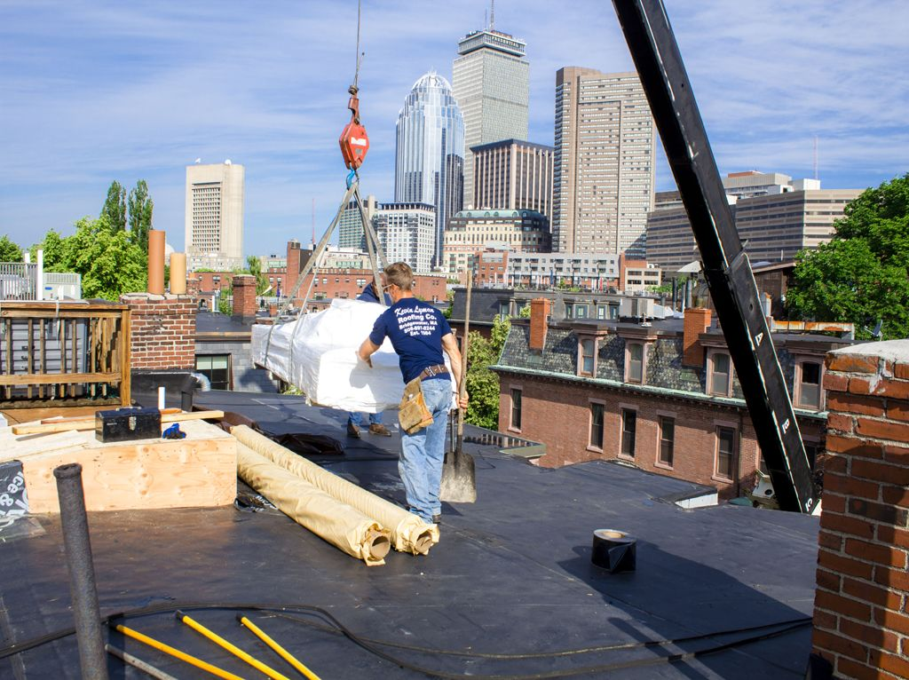Preparation For Flat Roof Repairs - http://essentialhomeparts.com/preparation-for-flat-roof-repairs/