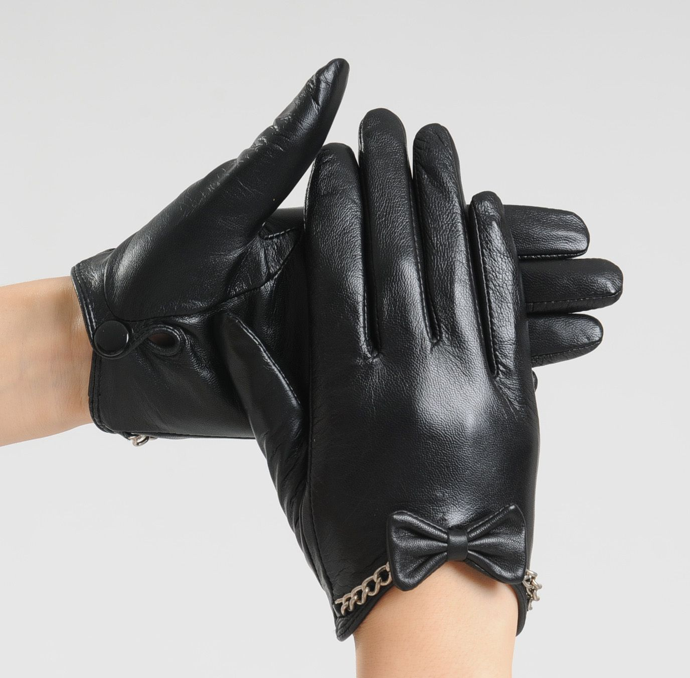 Black leather gloves female -