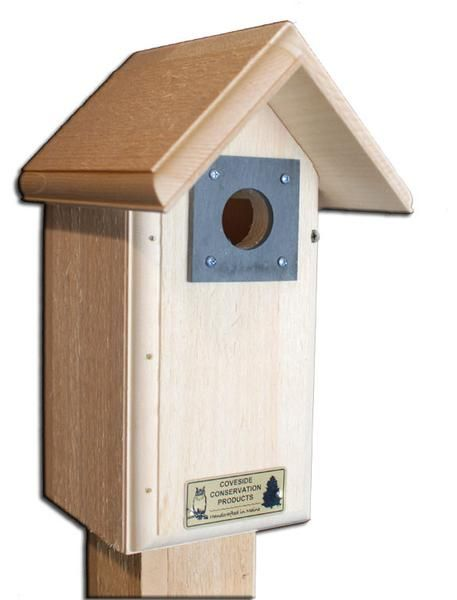 """This birdhouse with a 4""""x4"""" floor is suitable for a ..."""